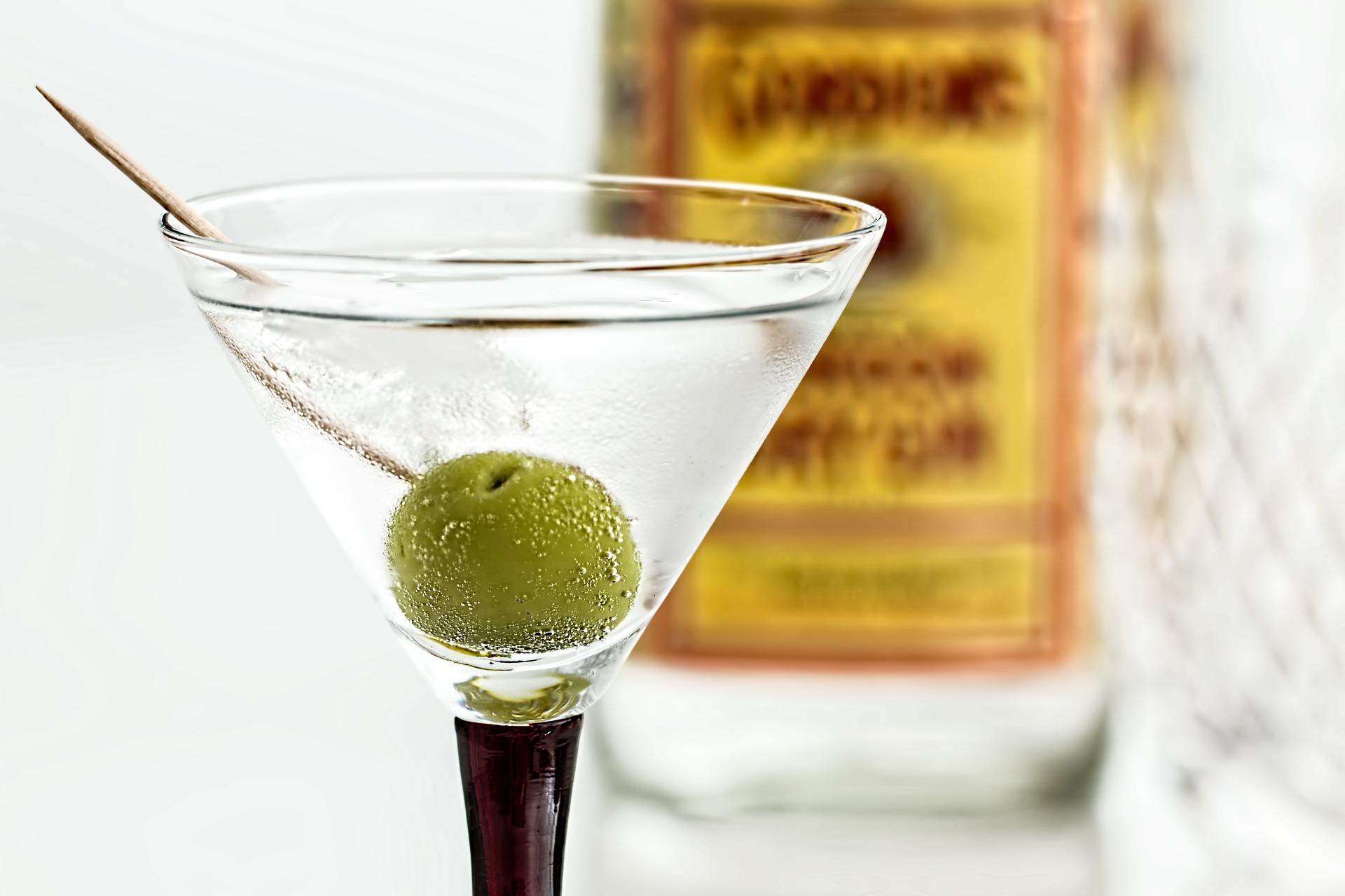 Алкоголь при цистите у женщин или мужчин: можно ли пить спиртное при болезни? Последствия употребления